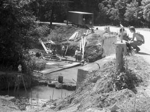 Linden Ave. new bridge work Red Hook 1971 (2)