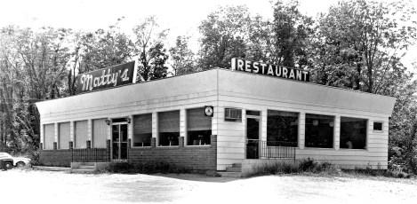 Matty's Restaurant Upper Red Hook 1962 (1)