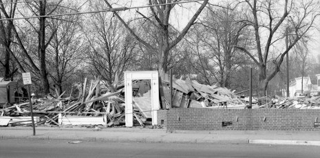 Red Hook Hotel torn down for new Shell Station 1964 (1)