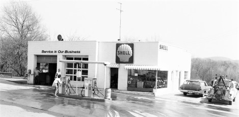 Shell Gas Station Philmont 1974