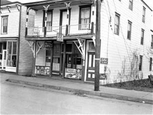 Cole & Mead Hotel Tivoli NY 1954