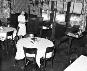 Reese's Bar & Grill Route 9G Tivoli 1954 (2)