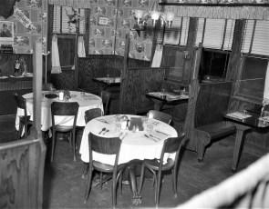 Reese's Bar & Grill Tivoli 1957 (3)