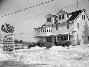 Reese's Bar Tivoli 1949 (3)