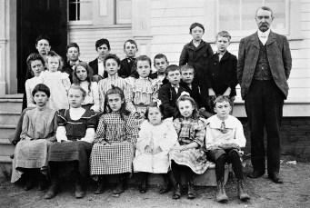 School Dist #2 1895 possibly Tivoli (2)