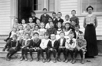 School Dist #2 1895 possibly Tivoli (3)