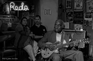 Leo Bud Welch, 83 ans, en concert au Reds, Clarksdale, 8 mai 2015