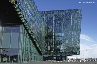 Le centre de congrès et auditorium Harpa, Reykjavik, Islande