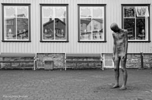 Statue devant un restaurant à Reykjavik, Islande, Mars 2016