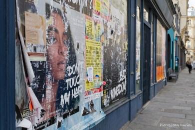 Affiches et graffitis