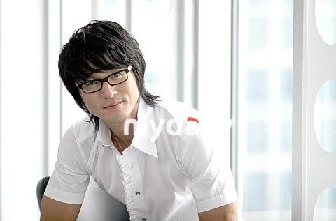 李成宰復出熒屏 《山貓》中出演打架高手-搜狐娛樂