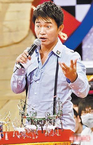 《長江七號》VS《大灌籃》臺前比拼 誰更搞笑?-搜狐娛樂