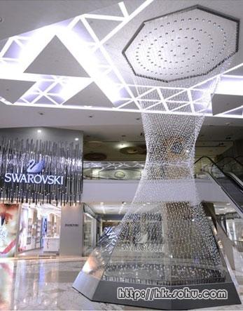 Swarovski水晶軒銅鑼灣開店 特備全球最長水晶-搜狐廣東
