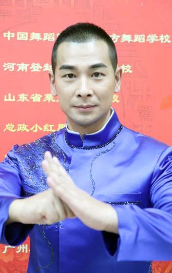趙文卓春晚傳遞正能量 《少年中國》振奮國人心(組圖)-搜狐滾動