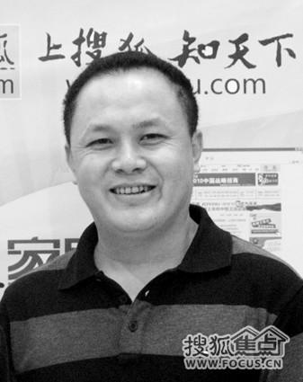 rolling kitchen cabinet cabinets black 把好兆头做成领军品牌 要为中国橱柜工业争气(图)-搜狐滚动