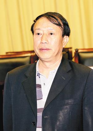 作家方英文當陜西省作協副主席:要以作品來說話(圖)-搜狐滾動