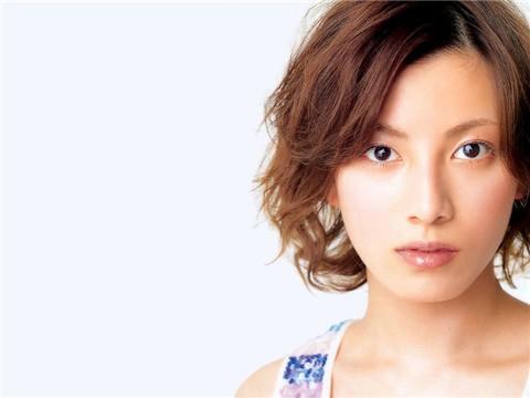 《海猿》女主角加藤愛宣布婚訊 老公是白領族-搜狐娛樂