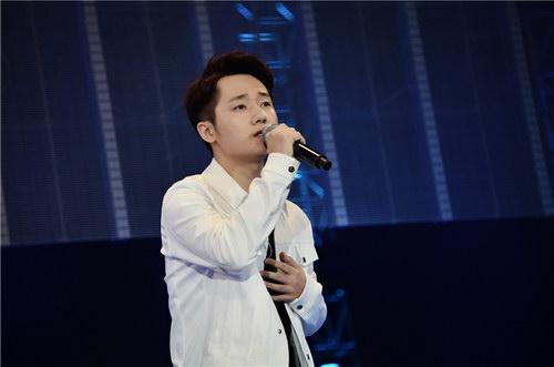 蔣敦豪亮相亞洲流行音樂節 演繹《天亮就飛吧》-搜狐音樂
