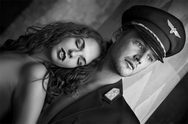 Black and White Photography: Decolorized Luxury of Love - Photodoto