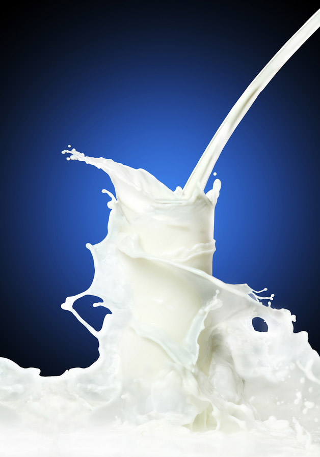 milk glass pour
