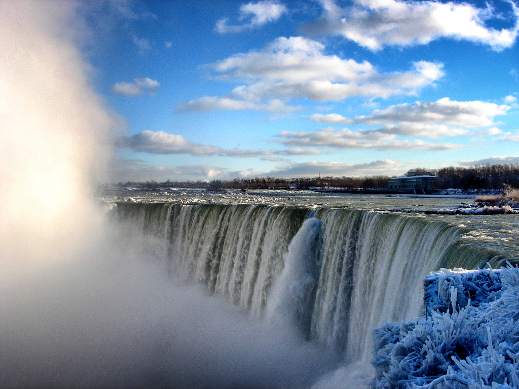 The Horseshoe Falls.