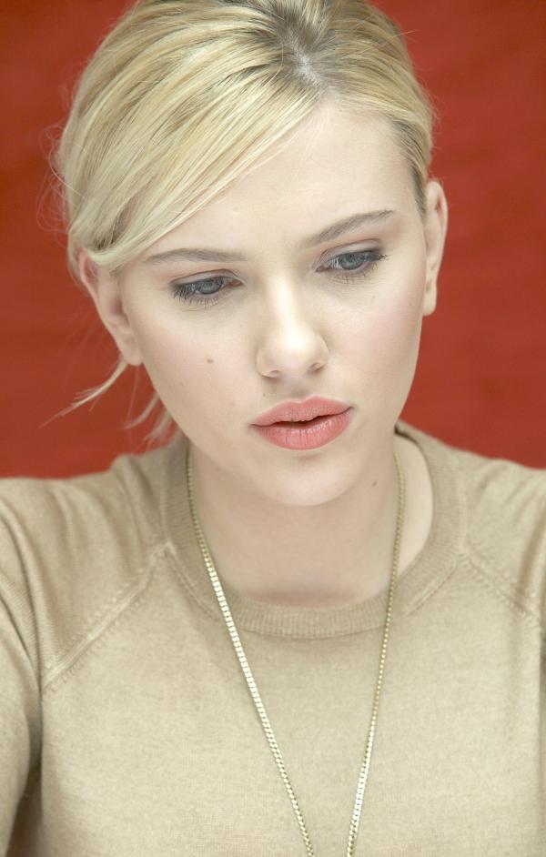 Scarlett Johansson In Style Files