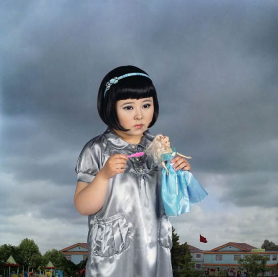 Yu Xiao, Never grow up, 2008 C-print © Courtesy 798 Photo Galleru, Beijing