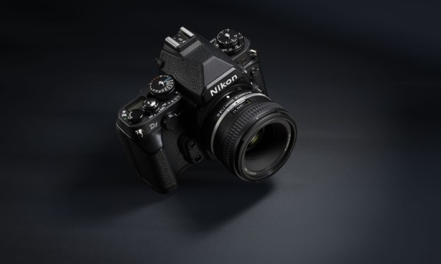 Nikon Df : le reflex à complication