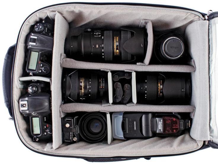Airport-International-V-20-Rolling-Camera-Bag-12