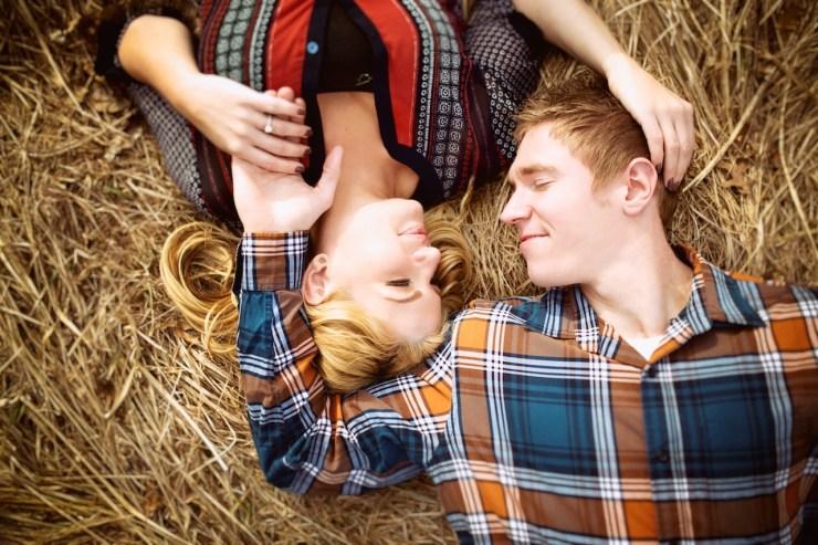 © www.LovesomePhoto.com