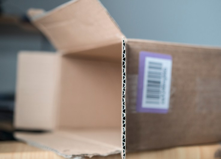 Chamira_Studios_Shipping_Box_2048px