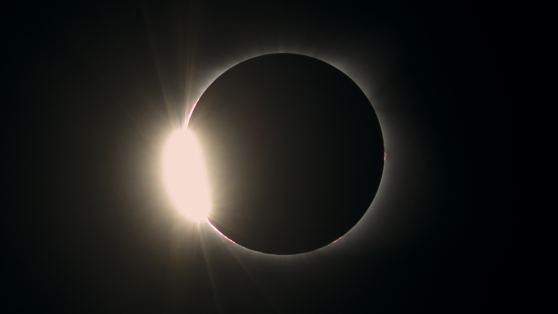 "This photo shows the last glimpse of the sun before totality, referred to as the ""diamond ring""."