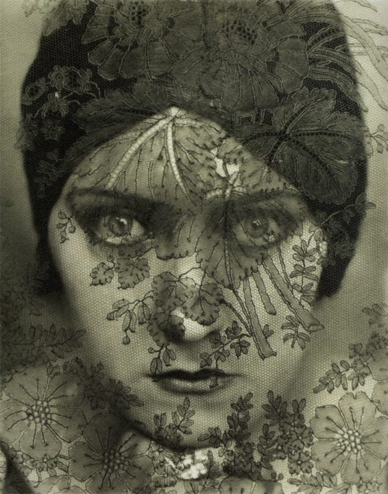 Gloria Swanson 1924 by Edward Steichen