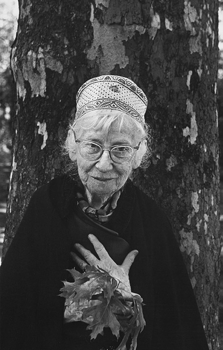 On Photography Imogen Cunningham by Arnold Newman