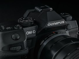 OM-D-E-M1X_Front2-303