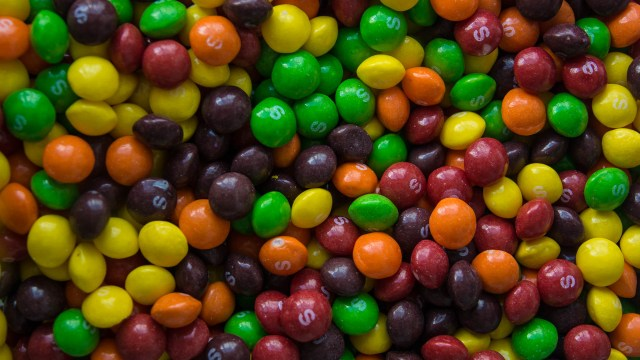 Summer photography fun with kids: Skittles