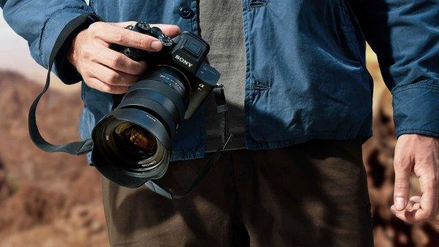Sony introduces 61-megapixel a7R IV camera