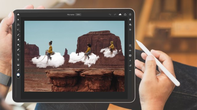 Photoshop launches on the iPad with Cloud Documents