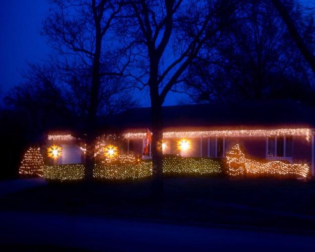 snowflake shaped lights