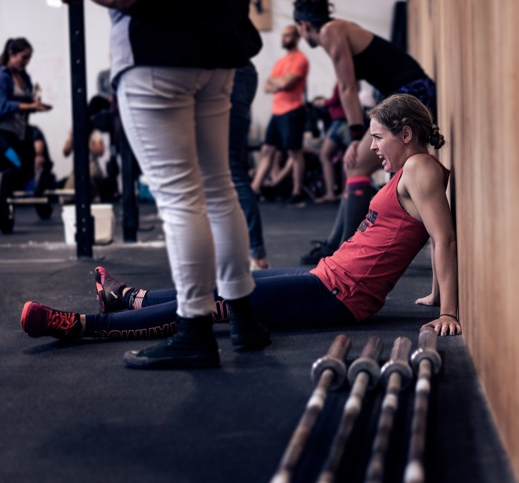 CrossFit athlete in pain, picture taken with prime lens 50mm