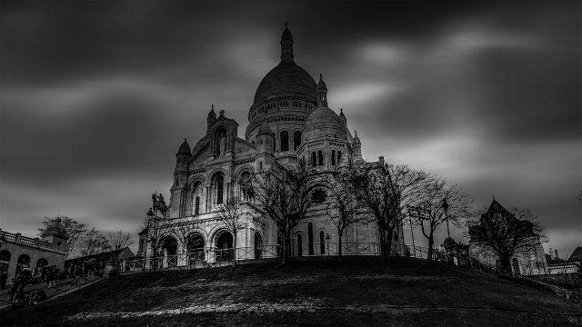 Transform a boring photo into a long exposure fine art black & white photograph