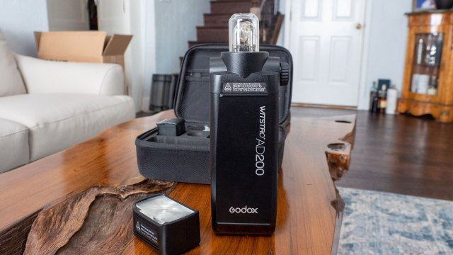 Godox AD200: Is it a strobe? Is it a speedlight?