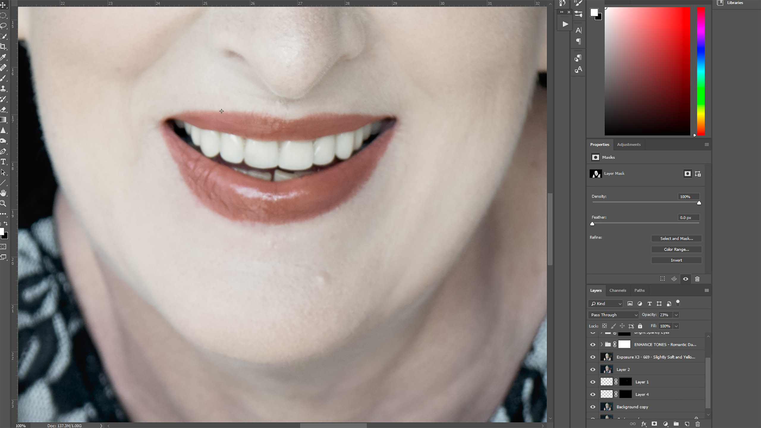 How to fix broken or missing teeth in Photoshop