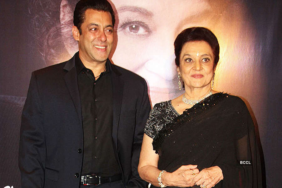Asha Parekh opens about her love affairs