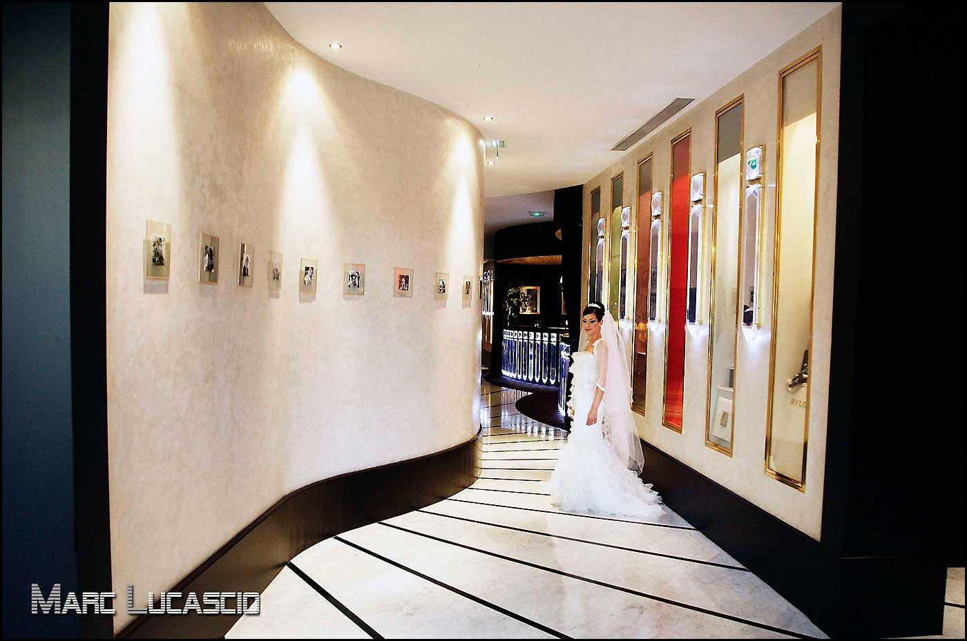Séance photo au Fouquet's à Paris Champs-Élysées