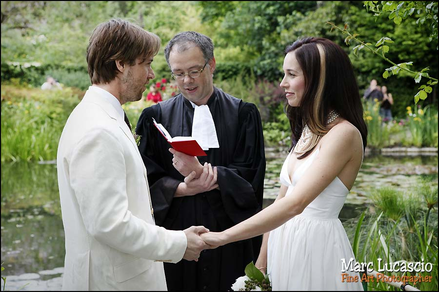 Céremonie mariage avec le pasteur à Giverny