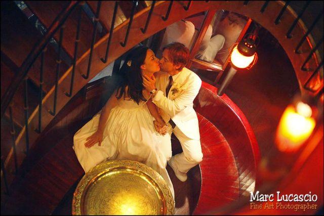 photo de couple du mariage à Paris sur la seine