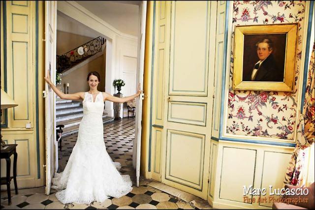 photo mariage salon jaune château de Neuville