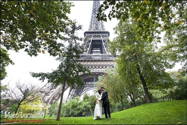 photographe mariage tour Eiffel paris champs de mars