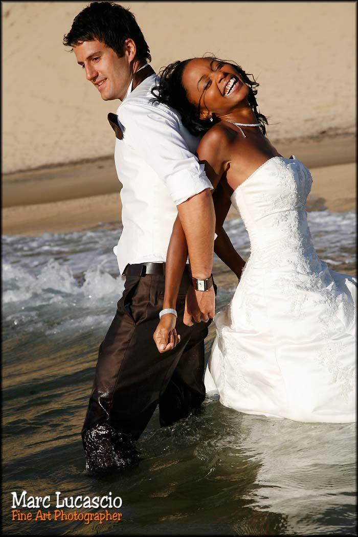 coucher de soleil mariage dans l'ocean